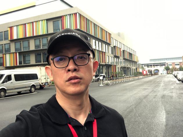 洪涛发文赞王菲真性情 爆料千玺自赔巨额误工费